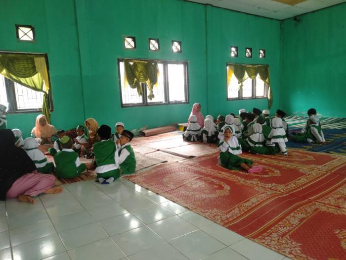 86 Siswa RA Nurul Islam laksanakan KBM di Aula MAN 1